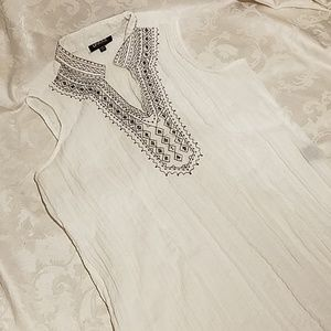 Unique Sleeveless Sheer Crinkle Top w Embroidery